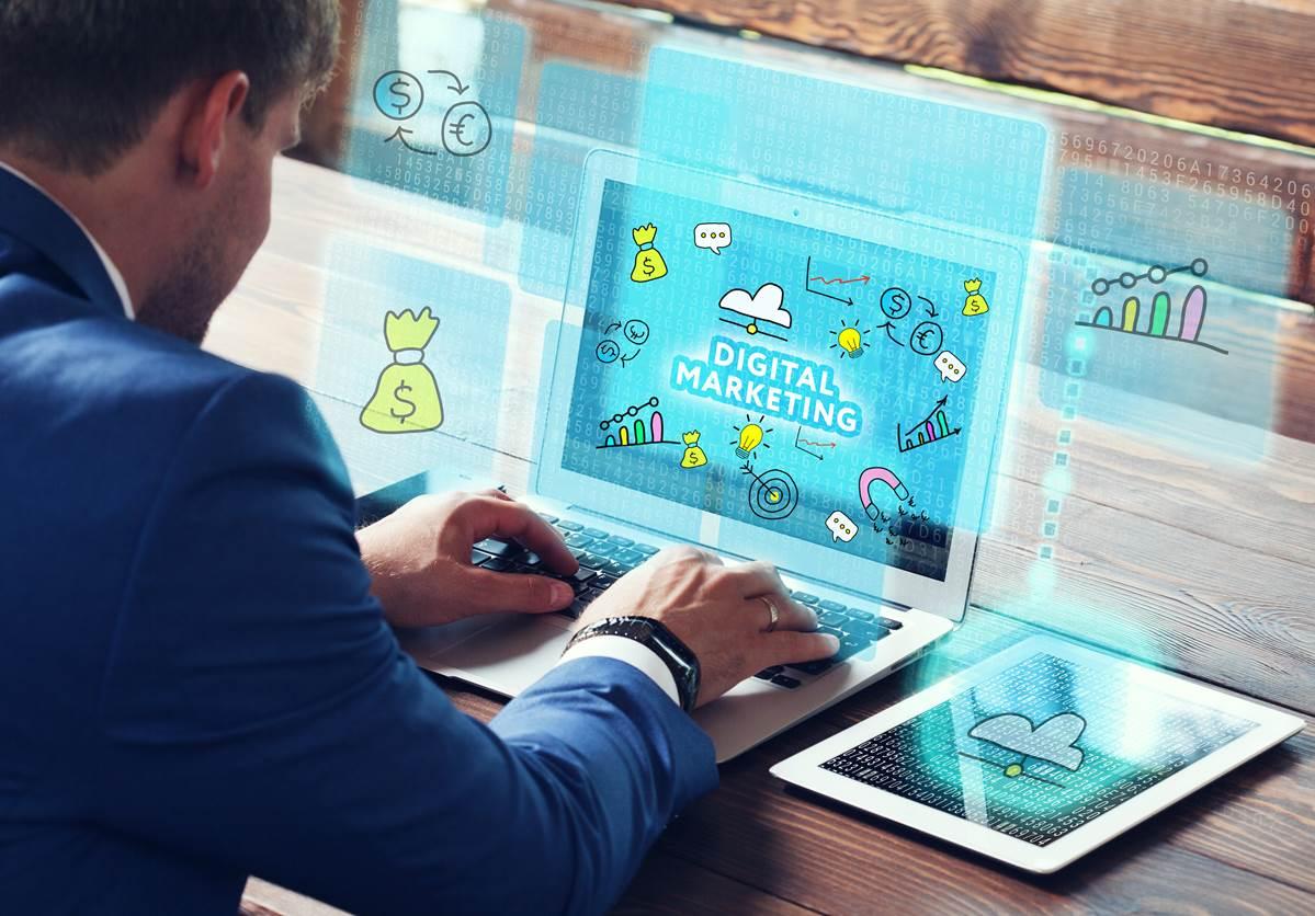 Salesforceのマーケティングオートメーションのポイントは市場動向の分析機能にあります