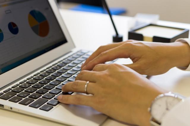 ランディングページ制作を任せる相手の目安は実績と信頼を伴う対応力